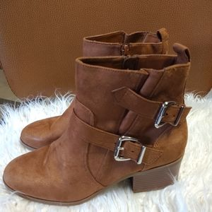 Ladies forever 21 boots